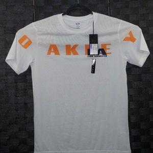New Oakley Men's White Graphic T-Shirt Size L